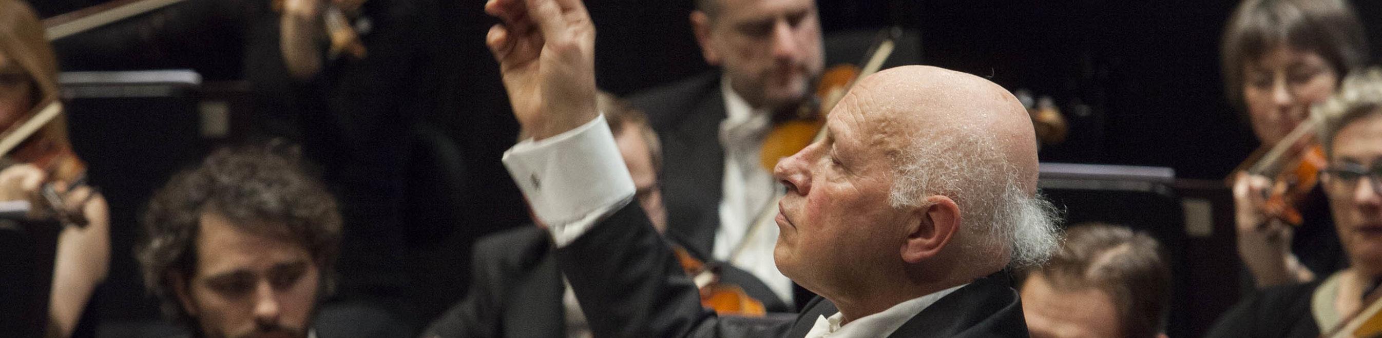 ORCHESTRA DEL MAGGIO MUSICALE FIORENTINO diretta dal M° Christ